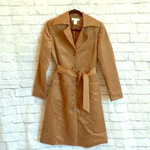 70's style open-collar trench coat